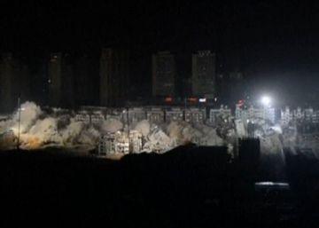 19 edificios demolidos en apenas 10 segundos en China