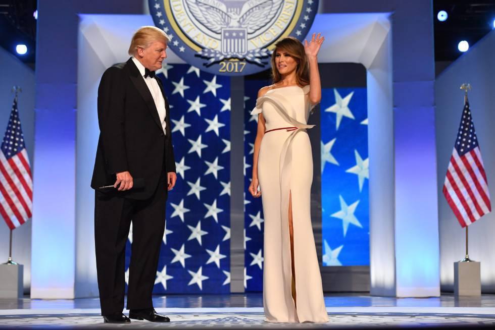 Donald J. Trump y Melania Trump, en el baile tras la toma de posesión.