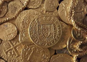 Florida couple finds rare gold coins from ancient Spanish shipwreck