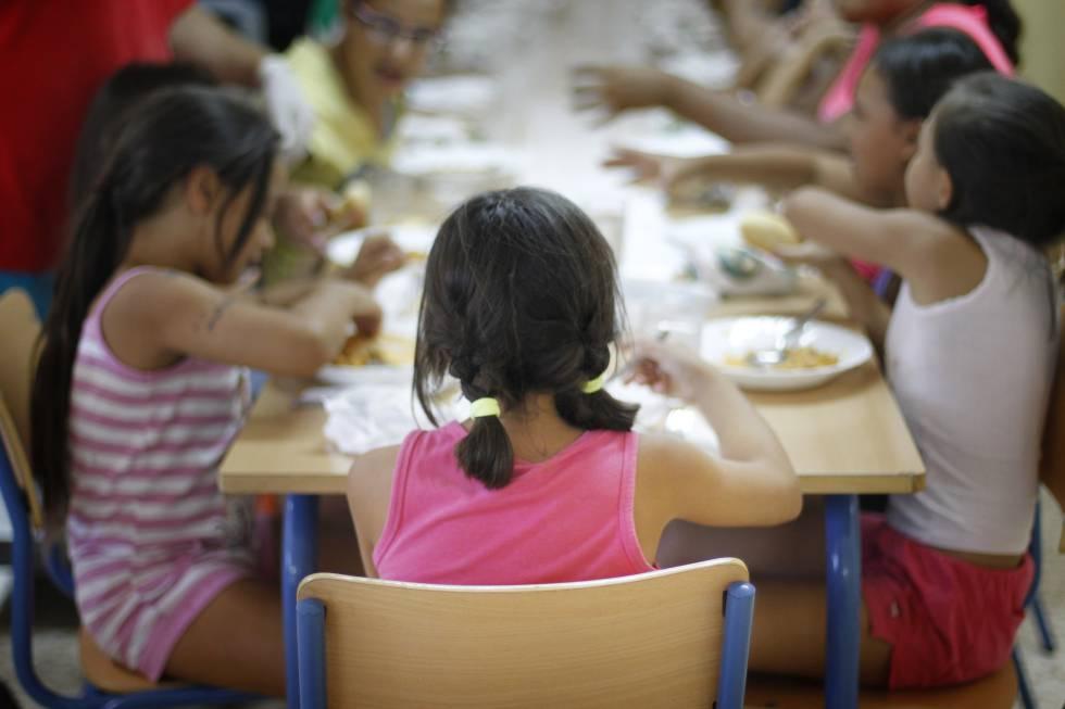 Asociaciones de padres consiguen retirar el panga de varios comedores escolares mam s y pap s - Comedores escolares malaga ...