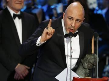Roberto Álamo en el discurso después de ganar como mejor actor por 'Que Dios nos perdone'.