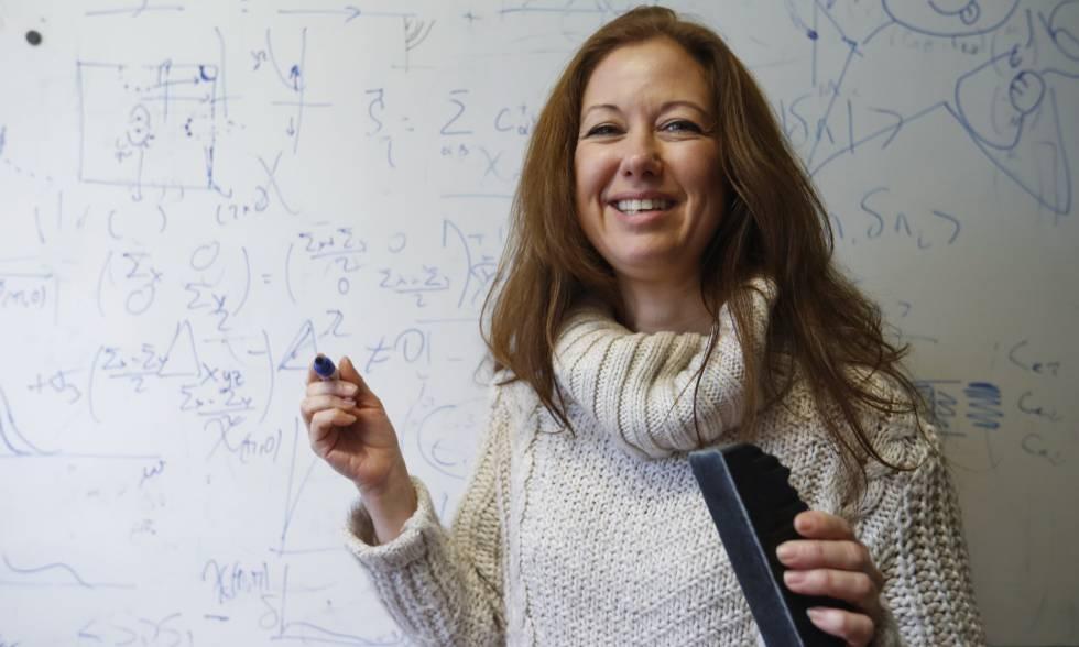 Elena (Leni) Bascones, física teórica y coordinadora de la iniciativa '11 de Febrero'.