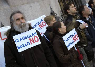 "EU orders Spain's banks to repay all earnings from ""abusive"" mortgages"