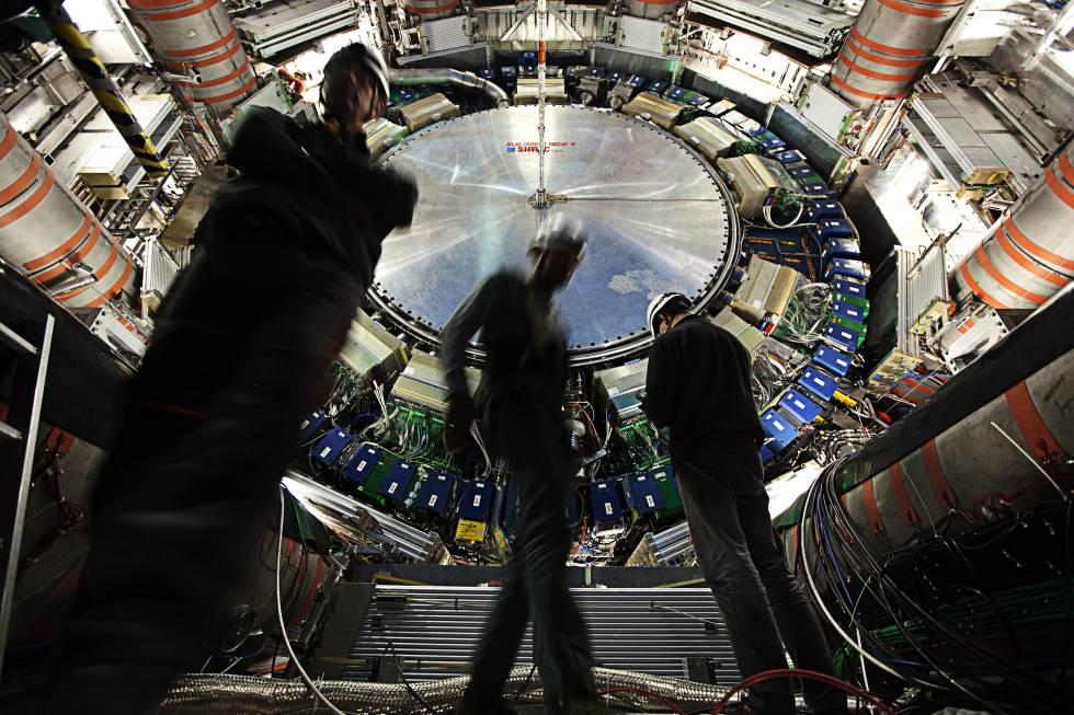El detector Atlas es unos de los que registran las colisiones en el acelerador de particulas (LHC), en Ginebra
