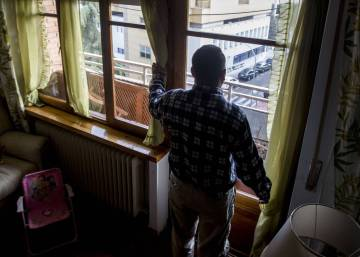 Are Spain's immigrant detention centers in breach of human rights law?