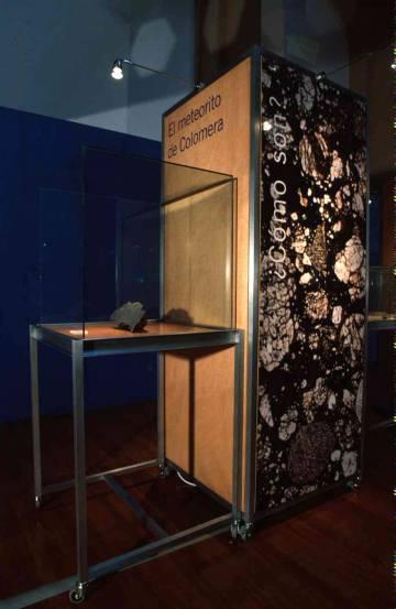 El meteorito, cuando estaba expuesto.