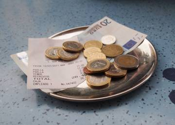 Are Spaniards stingy tippers? This restaurant survey says yes...