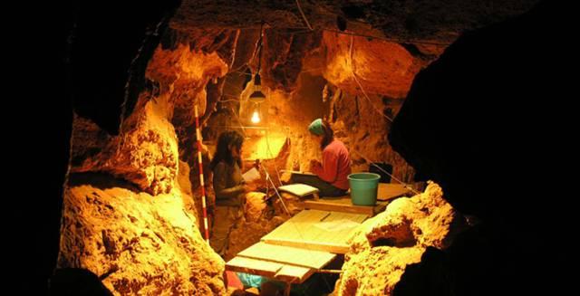 La alimentación de los neandertales de la cueva de El Sidrón (Asturias): setas, piñones y musgo. [Historia] 1488991377_990681_1488991893_portadilla_normal
