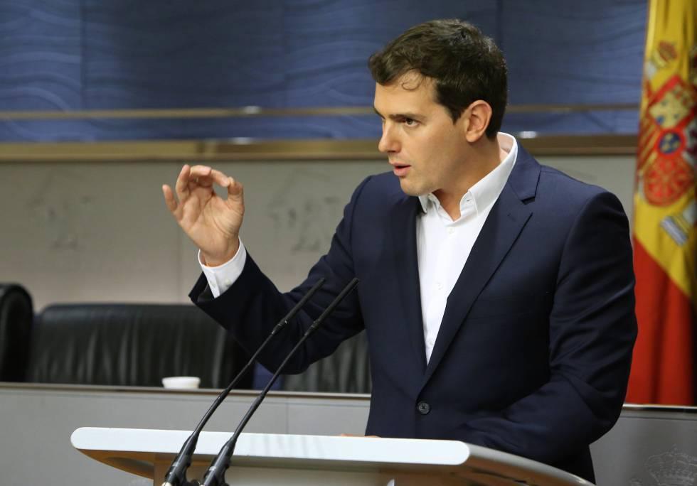 Rueda de prensa de Albert Rivera en el Congreso de los Diputados. rn