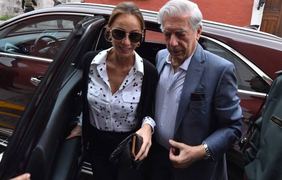 Mario Vargas Llosa e Isabel Preysler, en Arequipa.
