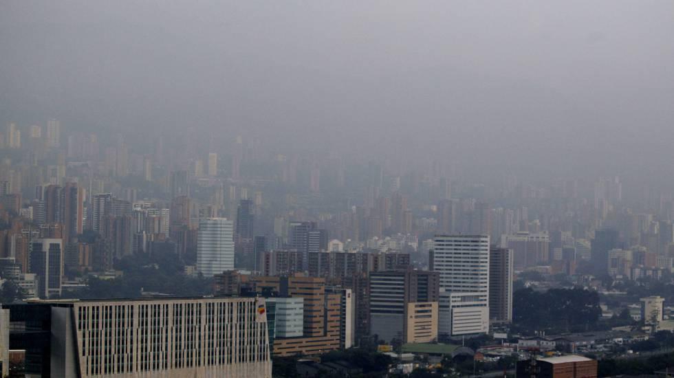 Alerta roja en Medellín, como en muchas otras ciudades,  por los altos niveles de contaminación.