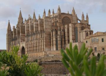 Palma de Mallorca to ban tourist apartment rentals by this summer