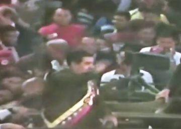 Video: President Nicolás Maduro of Venezuela pelted with eggs