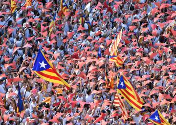 Poll in Catalonia shows increase in opposition to independence