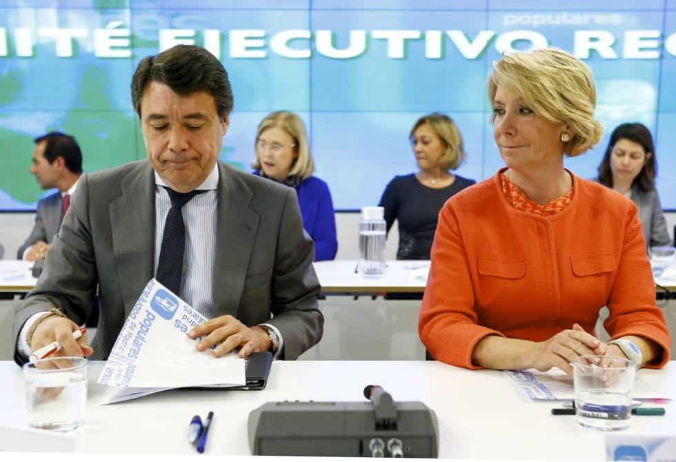 Ignacio González y Esperanza Aguirre en un comité ejecutivo del PP