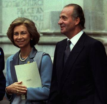 Spain's King Juan Carlos and Queen Sofia in London in 1997 for the Golden Wedding Anniversary of Queen Elizabeth II and Prince Philip.