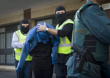 Anti-ETA death squad terrorist held for joining jihadist cause