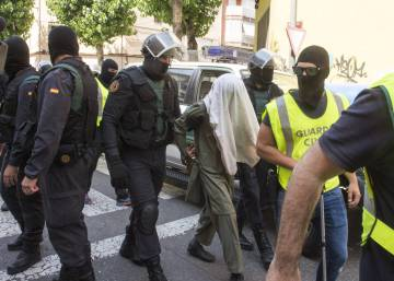 Two imams arrested in Ibiza over suspected links to ISIS