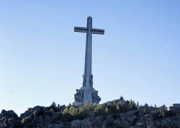 Spanish government fails to remove single Franco-era symbol in five years