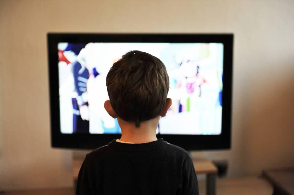 Los niños reciben 25 impactos de publicidad de comestibles al día.