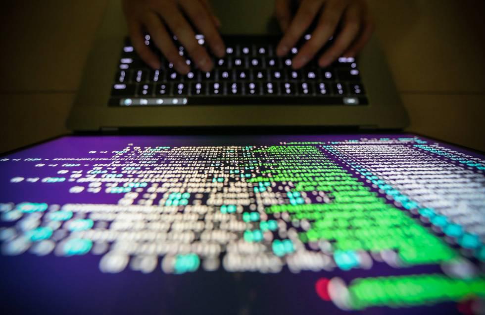 Investigados alumnos de bachillerato por hackear el correo de profesores