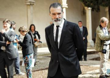 """Humiliated"" Antonio Banderas pulls out of Malaga arts center project"