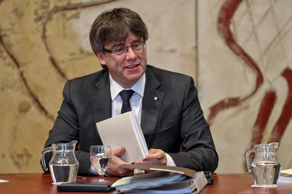 Puigdemont, ayer en la reunión semanal del Govern de la Generalitat.