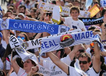 El Real Madrid celebra la Champions League 2017 con la afición