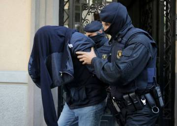 Four suspects in Barcelona arrested over links to Brussels terror attacks