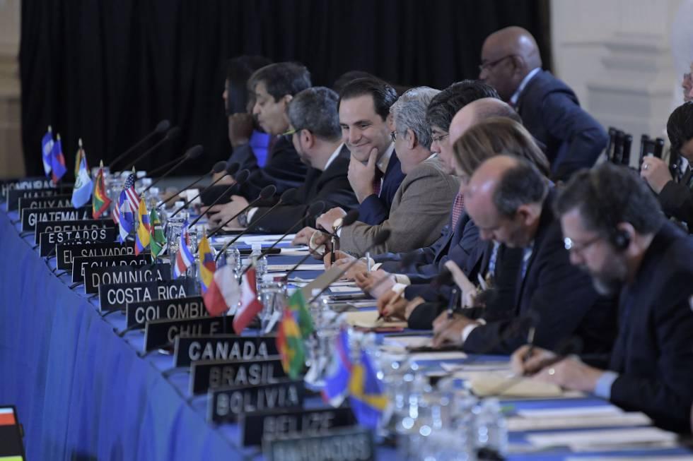 OEA acuerda inicio de suspensión de Venezuela