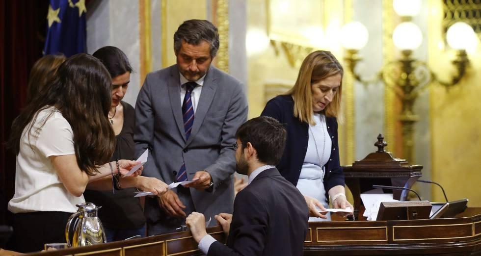 La renovación de RTVE impulsada por el PSOE fracasa en el Congreso