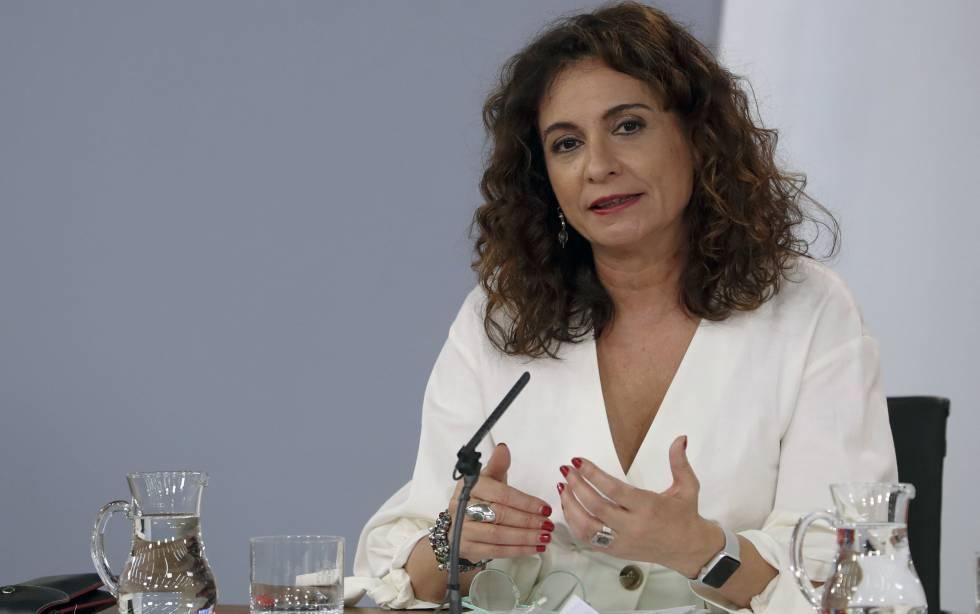 Hacienda facilitará la inversión del superávit de ayuntamientos y autonomías
