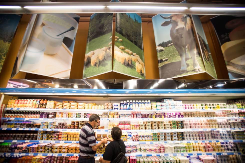 La mayoría de los yogures tienen altos niveles de azúcar: estudio