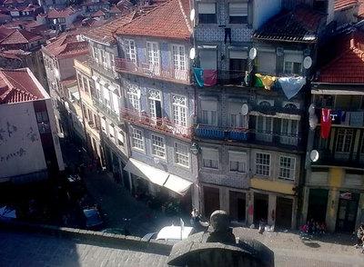 Barriada cercana a la Catedral de Oporto