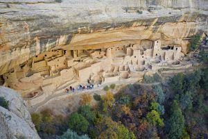 Casas de los indios pueblo en el parque nacional Mesa Verde, en Colorado.