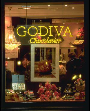Escaparate de una tienda de Godiva, la gran marca de chocolates belga, en Bruselas.