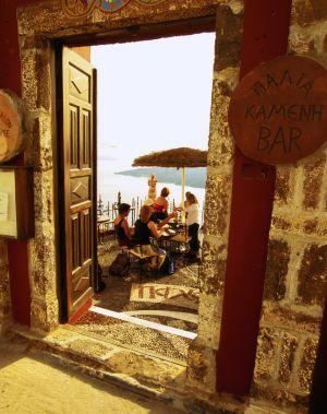 Terraza del restaurante Patio, en la isla griega de Santorini.