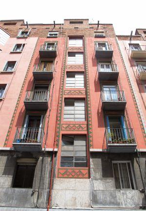 Mundo cretino barcelona m s all del modernismo - Art deco barcelona ...