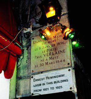 Exterior de la casa de Hemingway en el Barrio Latino de París.