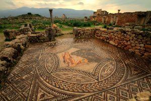 Mosaico en una casa romana en la antigua ciudad de Volubilis, en Marruecos.