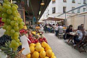 El mercado de Enfants Rouges en el barrio del Marais de París.