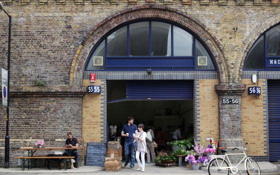 De bares y tiendas por el Londres de los curtidores