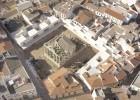 Vuelo de cigüeñas sobre las ruinas de Mérida