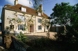 Fachada de Charleston, casa donde vivió Vanessa Bell (la hermana de Virginia).