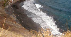 La playa de Las Gaviotas, en Tenerife.