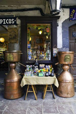 Tienda de productos típicos en Potes (Cantabria).