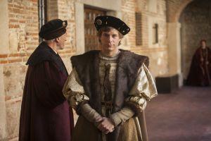El actor Álvaro Cervantes da vida a Carlos V en la serie Carlos, rey emperador, de TVE.