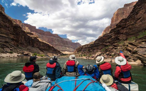 Rafting en el Gran Cañón del Colorado, en Arizona, Estados Unidos