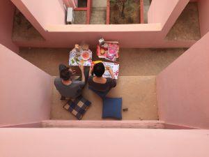 Desayuno en los apartamentos de Bofill.