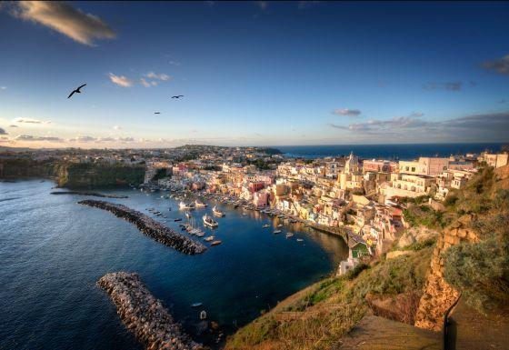 Vista de Procida, isla frente a Nápoles.